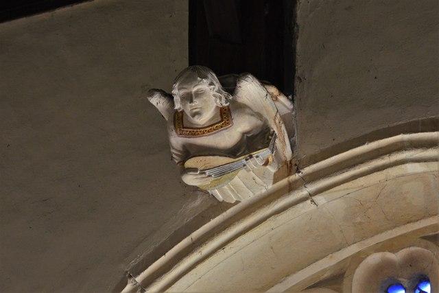 Rendcomb, St. Peter's Church: Medieval stone angel corbel 2