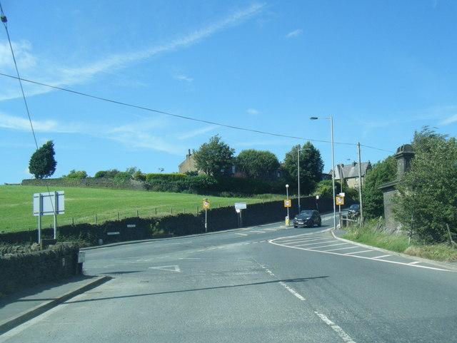Swales Moor Road meets Halifax Road