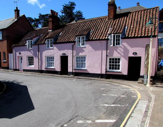 Three pink cottages, Market House Lane, Minehead