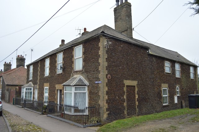 Cottage, Bridge Rd