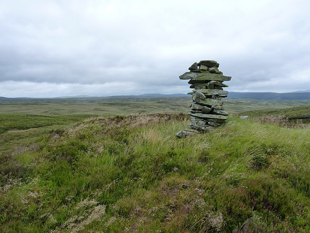 The Blaen Cownwy cairn