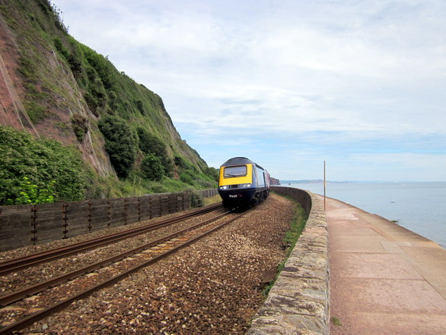 GWR HST 125 Approaching Teignmouth