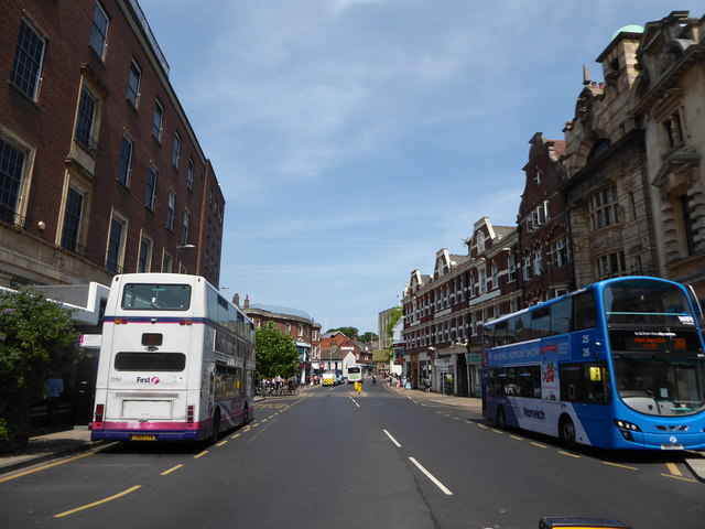Buses in Red Lion Street
