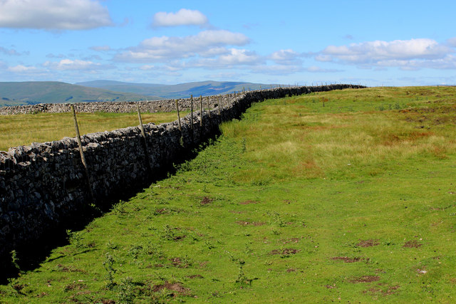 Dry Stone Wall on Whitfield Fell