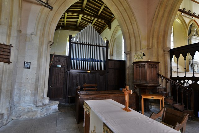 Stanton Harcourt, St. Michael's Church: The organ in the Early English north transept