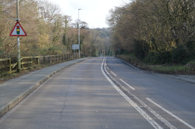 Forder Valley Rd, B3413