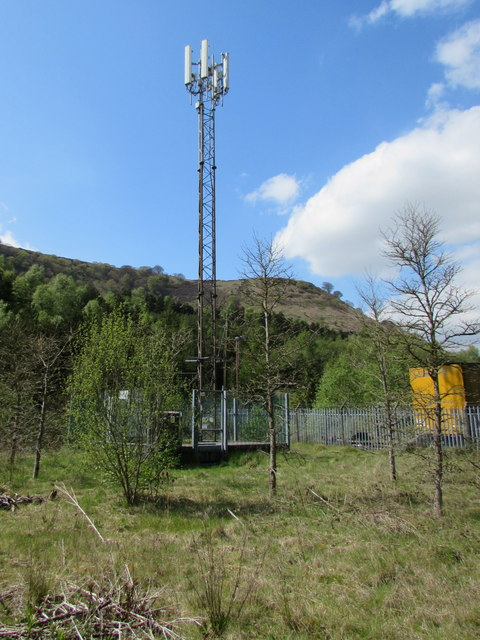 Telecoms mast and cabinets, Cwm