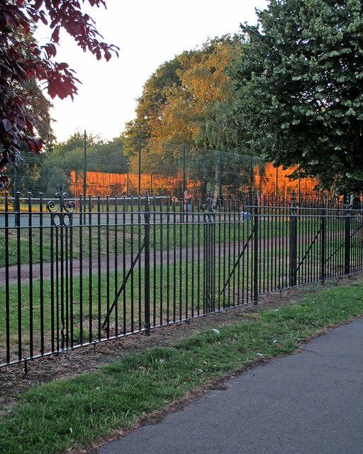 Coleridge Rec: summer-evening tennis