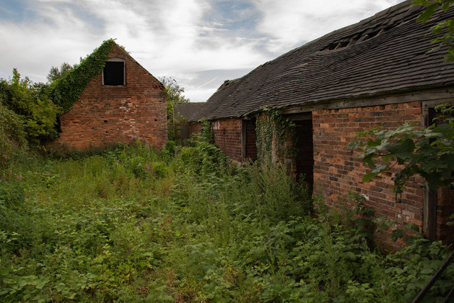 Derelict farm buildings at Hall Farm, Packington