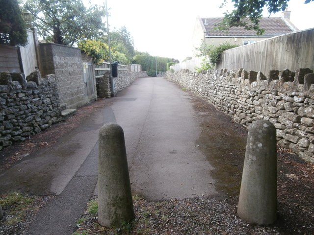 Alley behind the church, Winsley