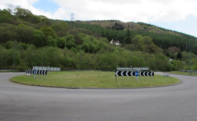 A4046 roundabout at the southern edge of Cwm