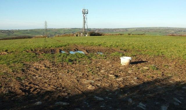 Mast near Helsbury Castle