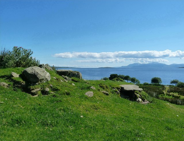 Glecknabae Chambered Cairn - Isle of Bute