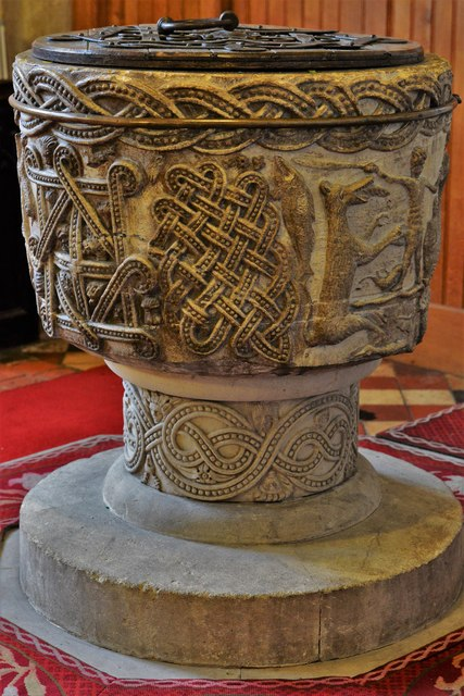 Stone, St. John the Baptist Church: The magnificent Norman font 3