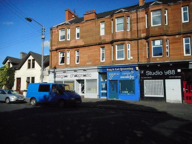 Shop units and tenement flats, Crow Road