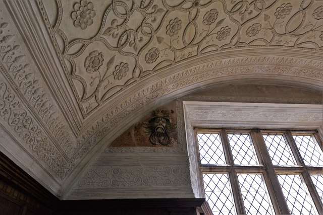 Chastleton House: The Long Gallery ceiling with Japanese Green Man 1