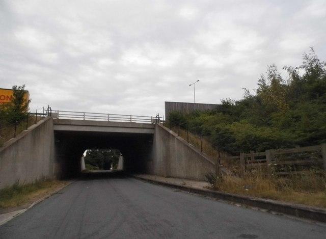 Gaddesden Lane going under the M1