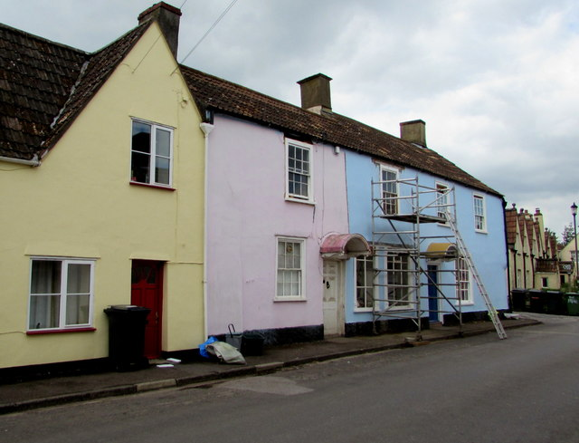 Pastel colours in Iron Acton