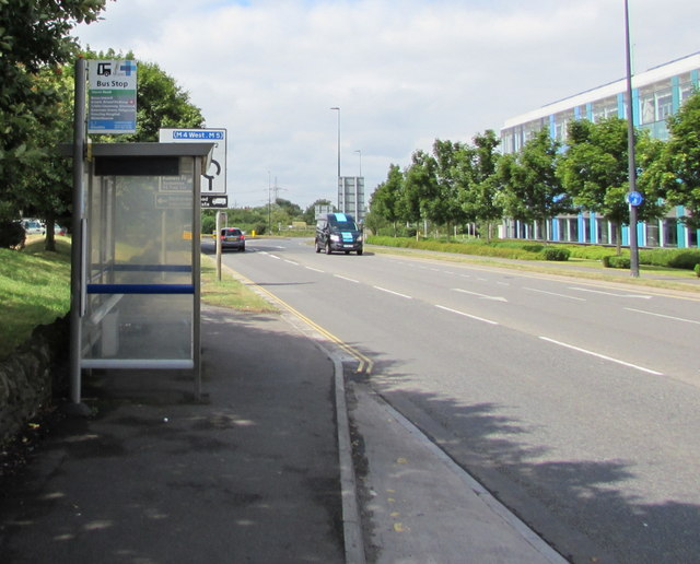 Badminton Road bus stop and shelter opposite council offices, Yate