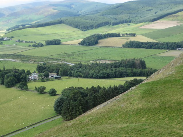 Cademuir farm and the Manor Valley