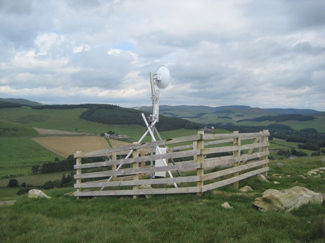 Closer view of the repeater station, Cademuir Hill