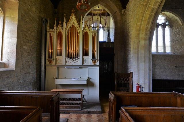 Asthall, St. Nicholas' Church: The organ