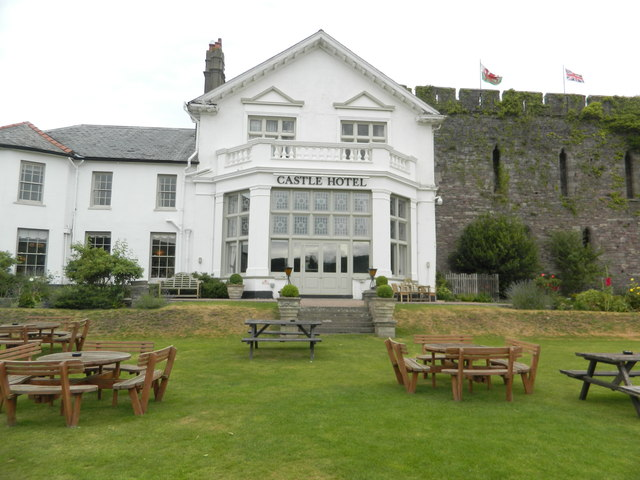 Castle Hotel, Brecon