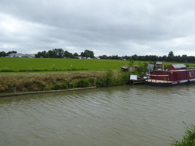 Canal and Hilperton Marsh Farm