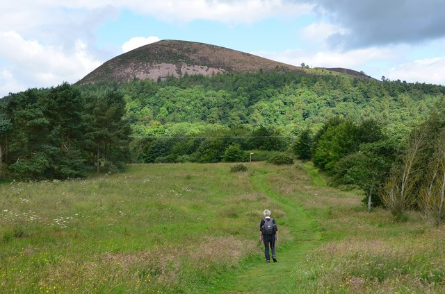 Path north of Bowden