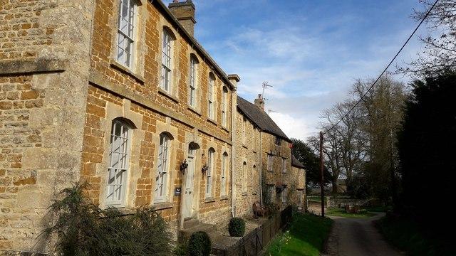 Manor farmhouse, Ledwell