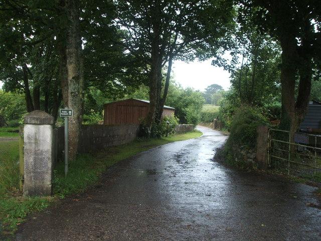 Lane (footpath) off Buckettt's Hill