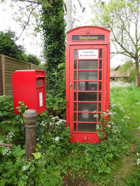 K6 Telephone Box and Post Box in Shirburn