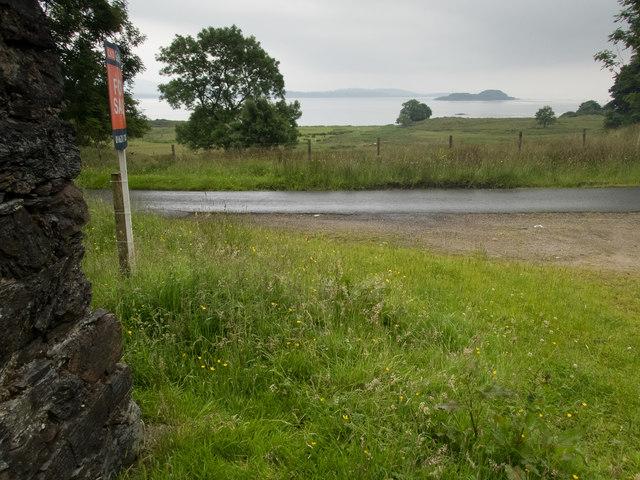 Across the shore to Eilean Dubh