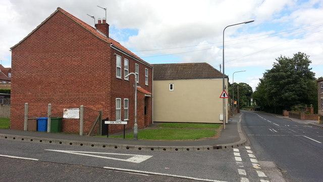 Swinefleet - new houses at Fisk Walk