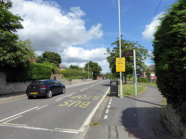 Bus stop at Broadwey
