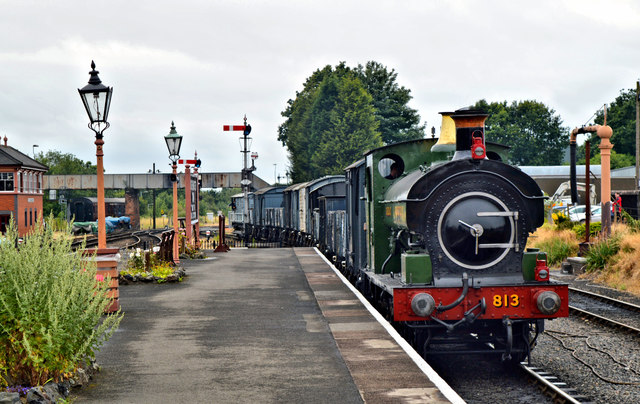 GWR no 813 and a loose coupled freight train, Kidderminster