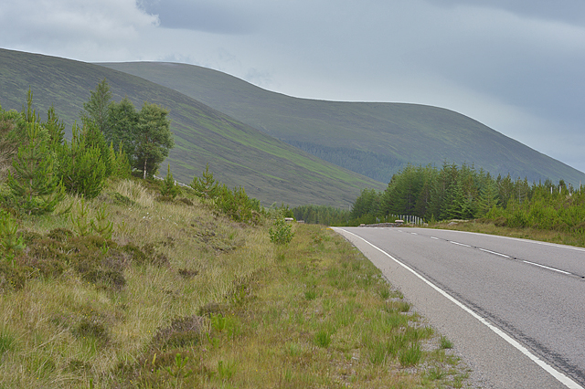The A832 heading east