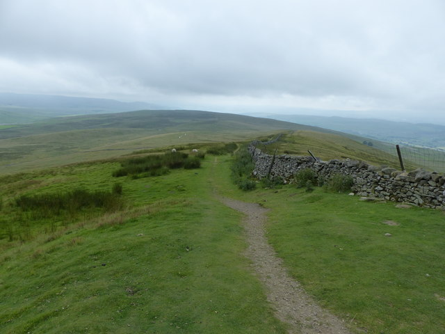 The Pennine Way south of Pen-y-ghent