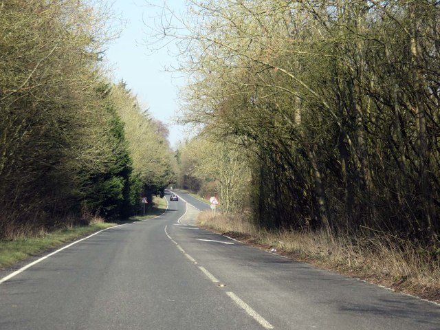 Basingstoke Road heading towards Basingstoke