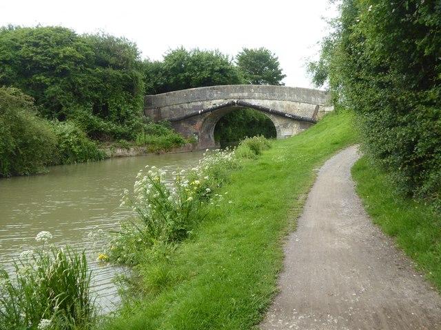 Footbridge over canal, Hilperton