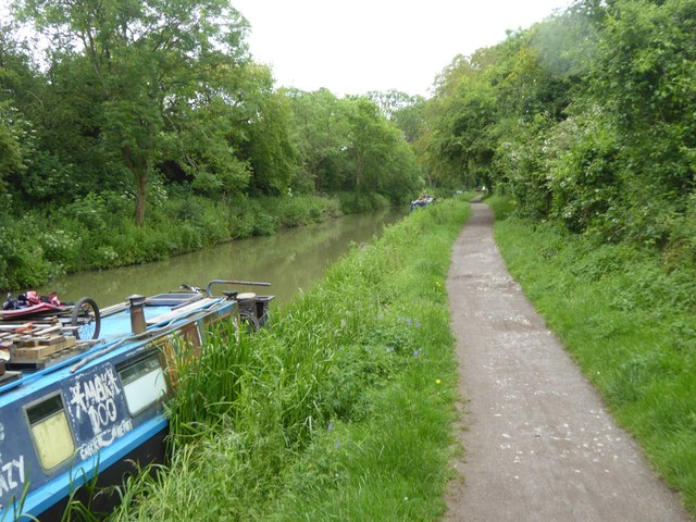 Canal towpath on edge of Bradford-on-Avon