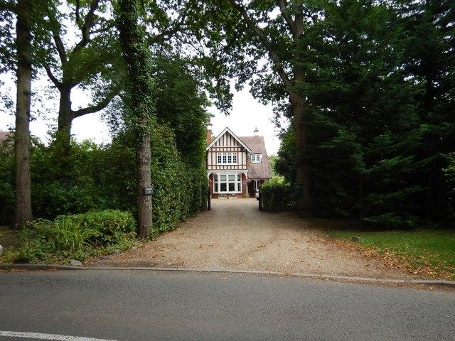 Mimbridge - Large House on Philpot Lane