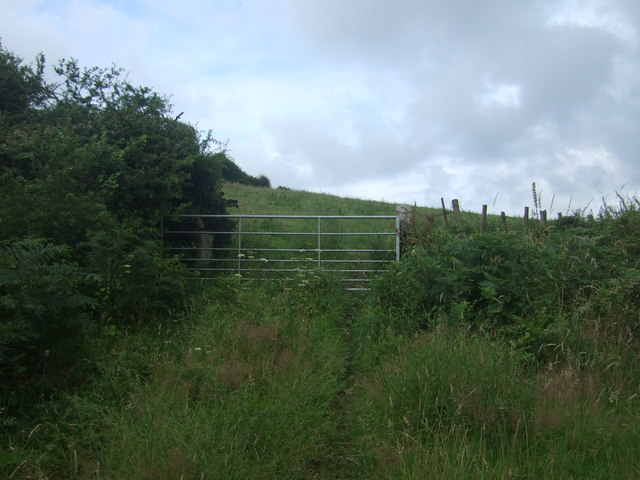 Field entrance off the B3315