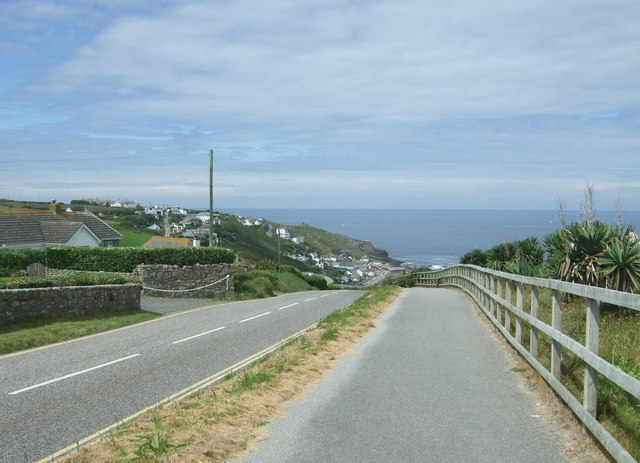 Steep road down to Sennen Cove