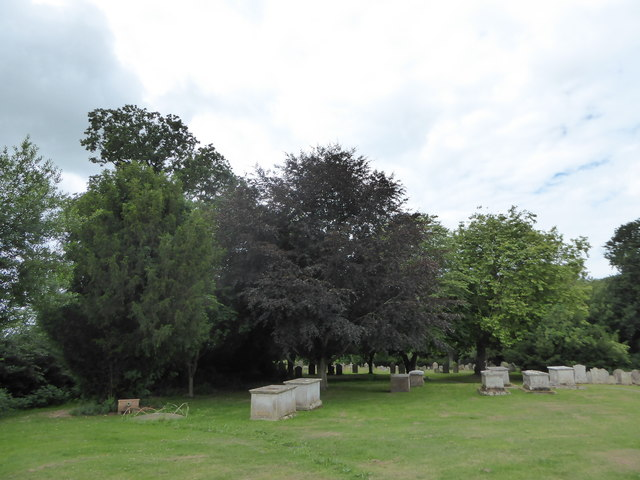 St Mary Magdalene, Wartling: churchyard (2)