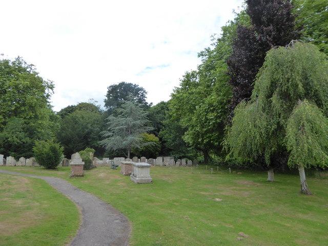 St Mary Magdalene, Wartling: churchyard (4)