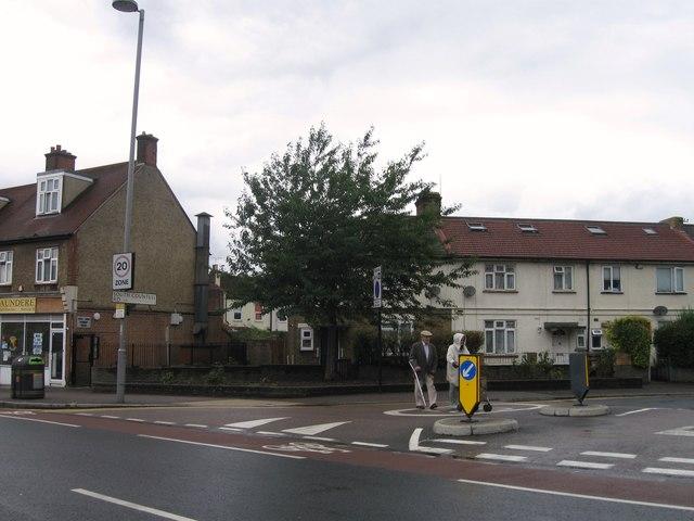 South Countess Road E17