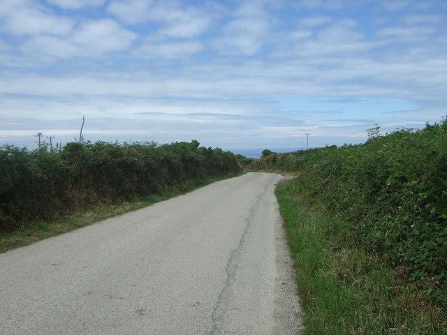 Lane towards Trvedra Cliff