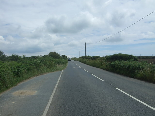 Heading east from Crows-an-wra