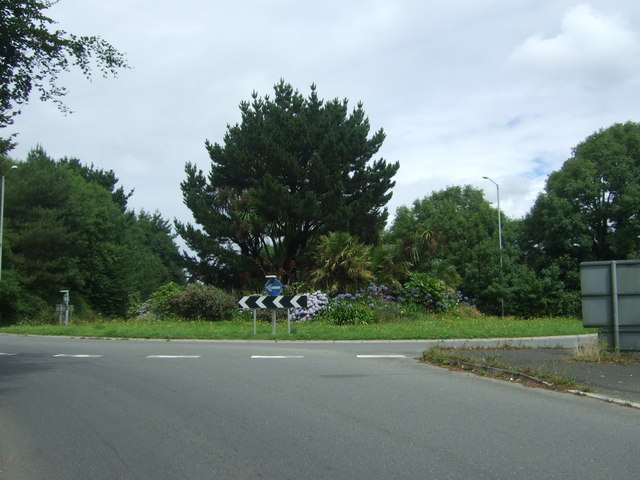 Roundabout on the A30